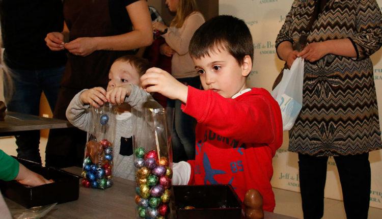 Nens i xocolates a Jeff de Bruges