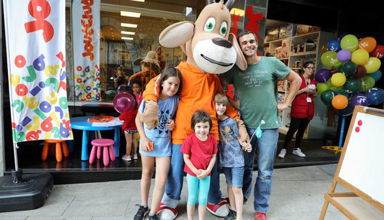 Nens i piolet a nova botiga JouéClub