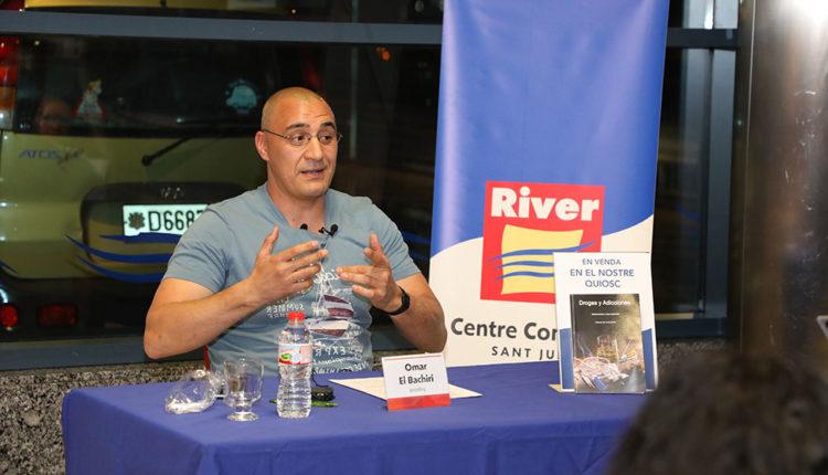 Presentació llibre Omar el Bachiri River Centre Comercial