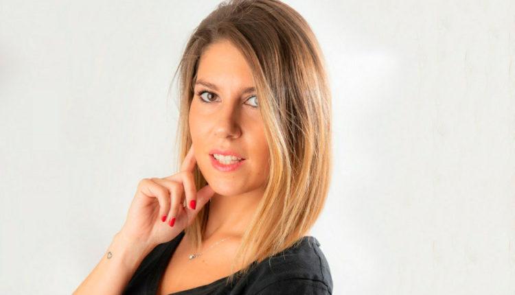 Anna Alcaide