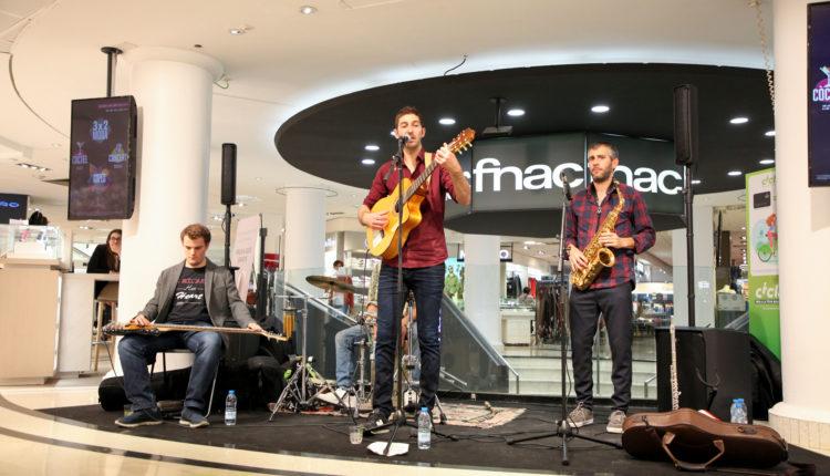 Els Pali actuant a la FNAC d'Andorra