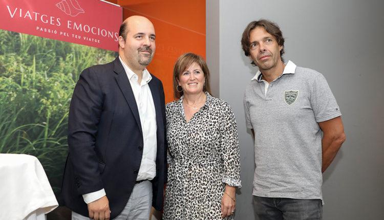 Representants de Viatges Emocions i president del BC MoraBanc Andorra
