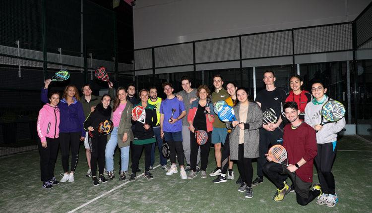 Alumnes de VATEL que van participar al torneig de pàdel