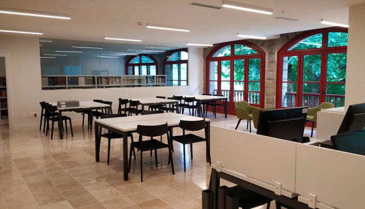 Biblioteca a l'Hotel Rosaleda