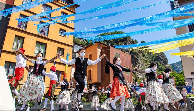 9 Tradicional Ball de Santa Anna