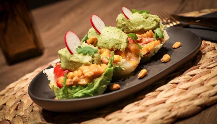 Tacos de ceviche de mango